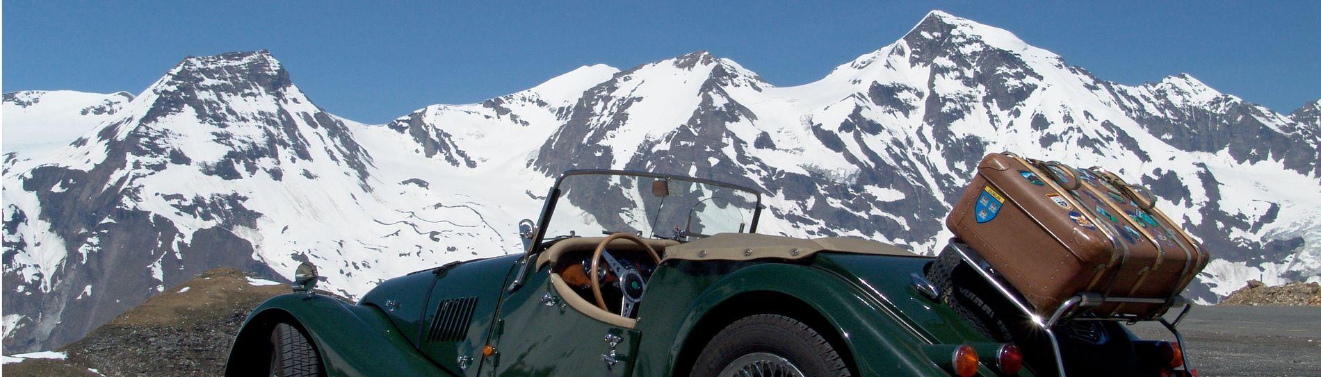 Slider Morgan von schneebedeckten Bergen